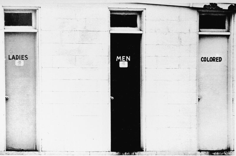 Segregated restrooms in 1960 (Getty Images)