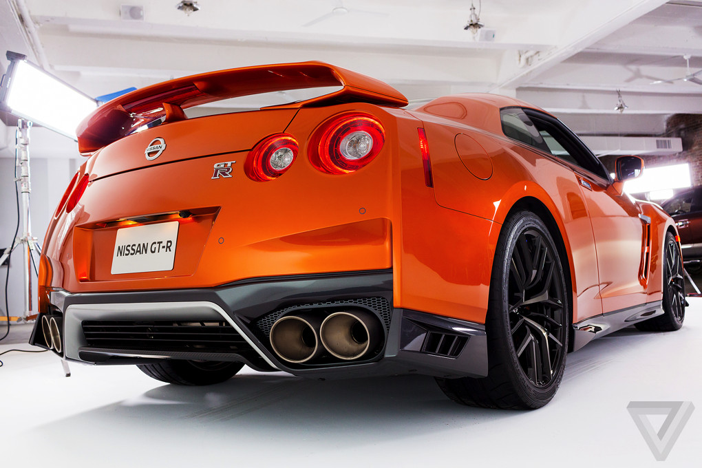 the 2017 nissan gt r is a more civilized more powerful godzilla the verge. Black Bedroom Furniture Sets. Home Design Ideas