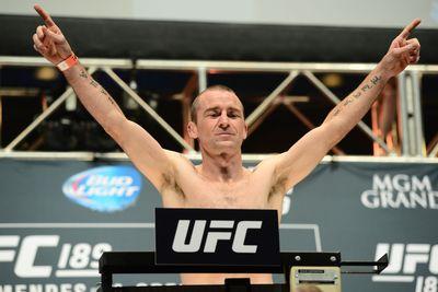 UFC Fight Night 76 fantasy picks: Holohan vs. Smolka Kountermove preview