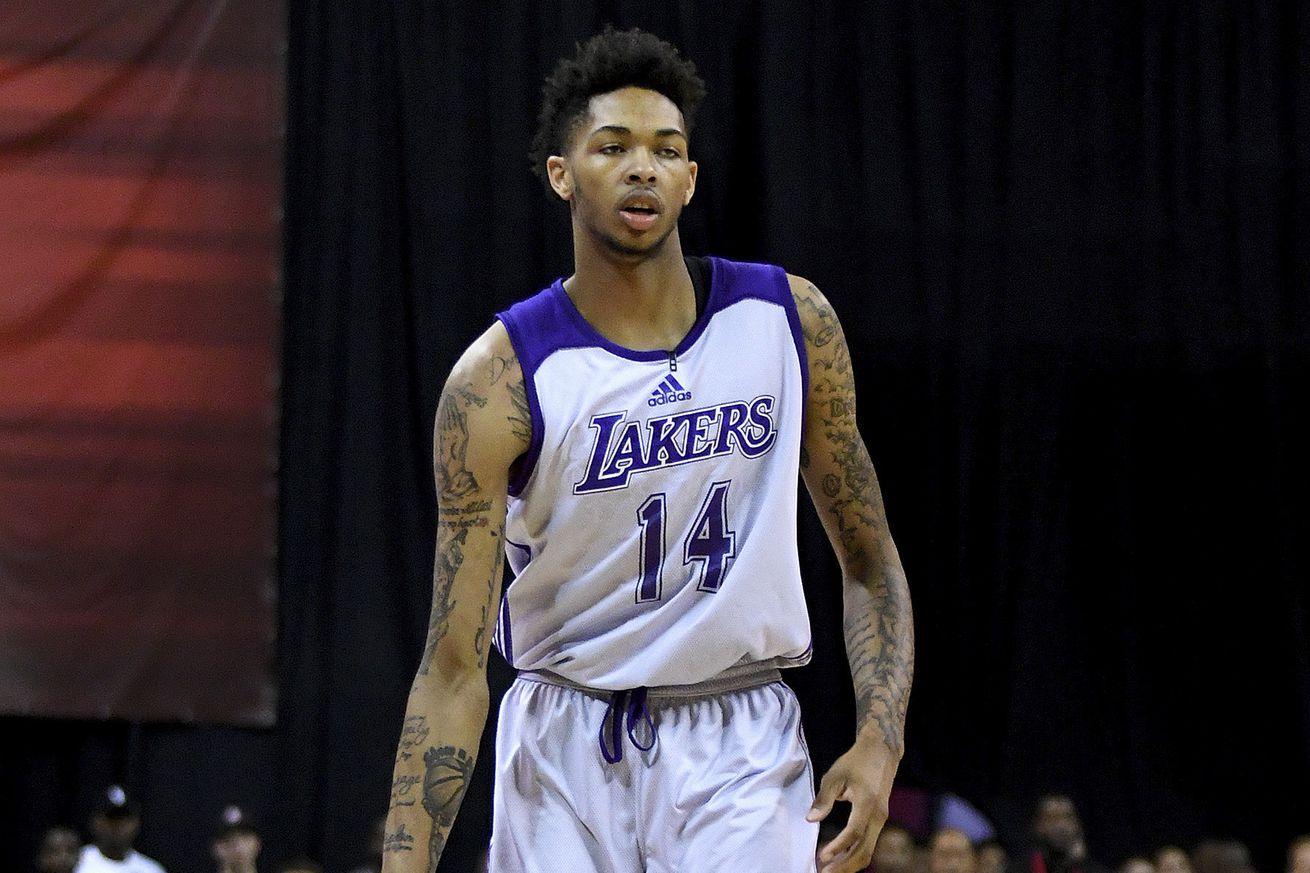 Lakers forward Nance has 'probable fracture' in right hand