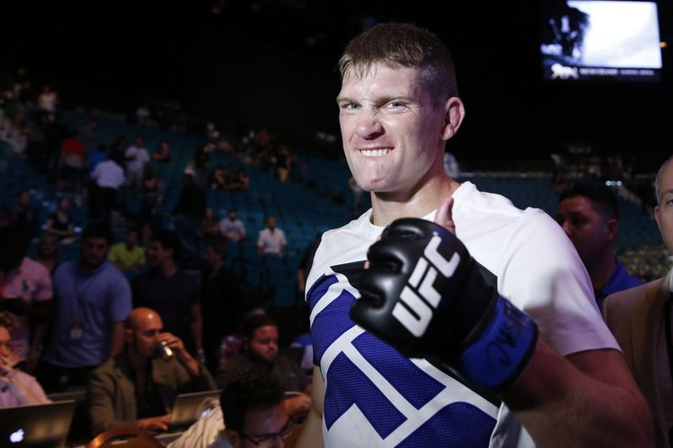 Stephen Thompson in favor of stripping UFC title from Tyron Woodley