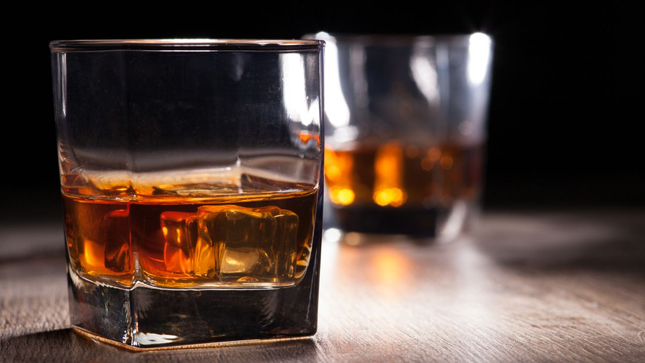 The 10 best scotch whiskies under 40 eater for Most popular whiskey drinks