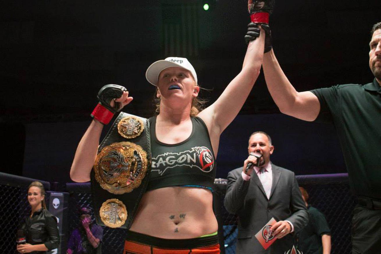Invicta FC 17 salaries: Tonya Evinger banks $20,000 for bantamweight title defense