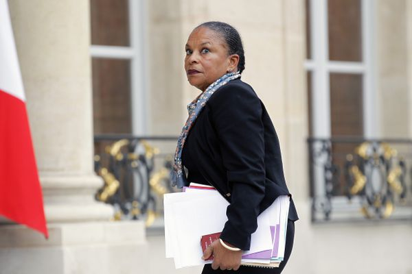 Minister of Justice Christiane Taubira arrives at President François Hollande's residence in Paris for a crisis cabinet meeting following the Paris terror attacks on November 14, 2015.