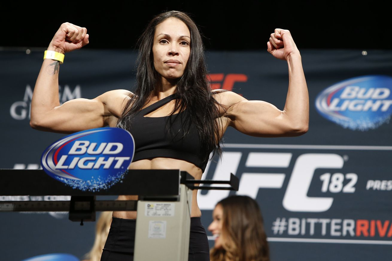community news, Commission: Result will stand in Ashlee Evans Smiths controversial split decision win over Marion Reneau