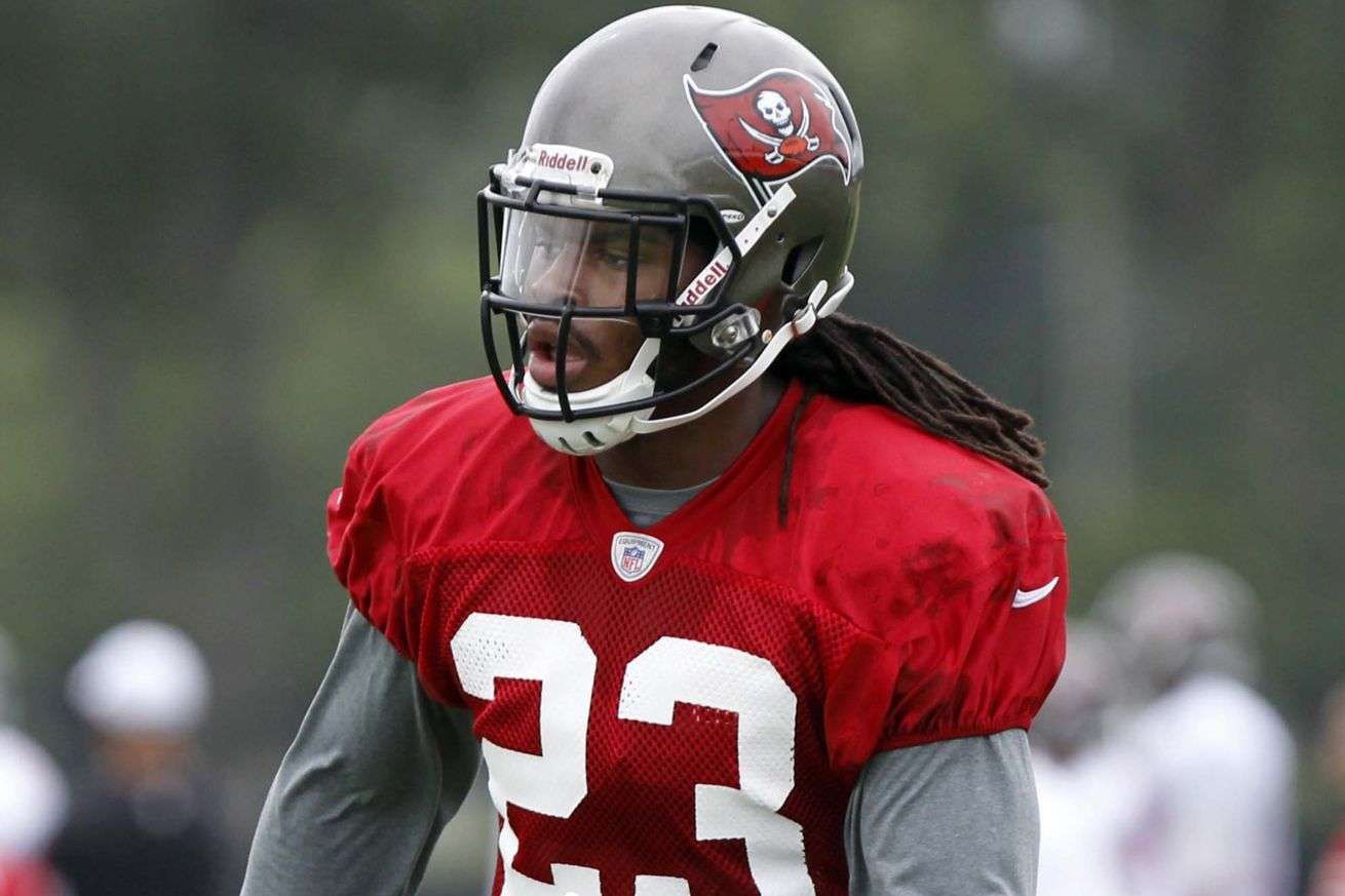 buccaneers training camp mark barron to play in the box