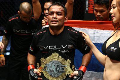 community news, Dejdamrong Sor Amnuaysirichoke defends ONE Championship title against Yago Bryan on Nov. 13
