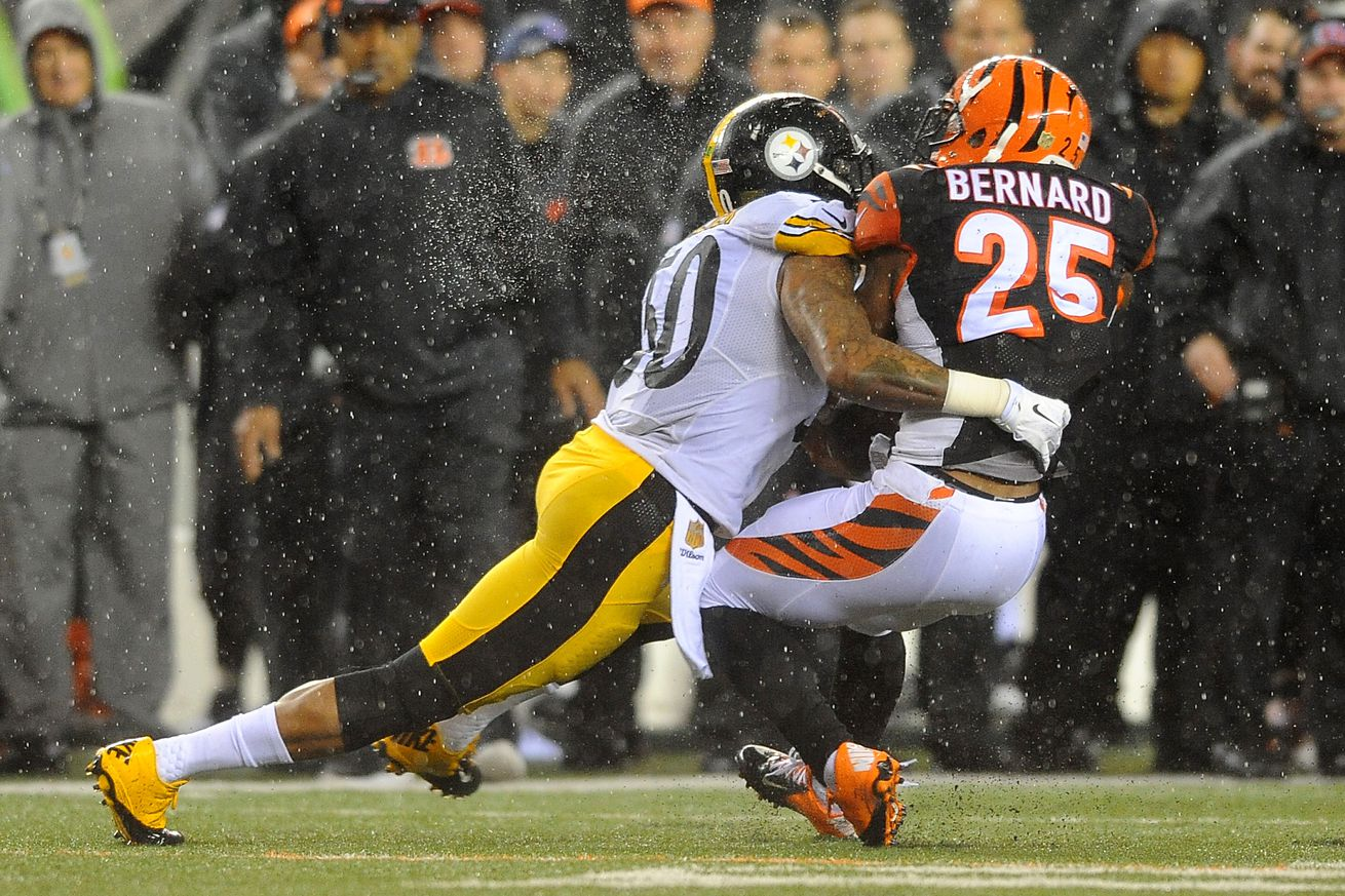 Steelers ILB Ryan Shazier not fined for hit on Bengals RB Giovani Bernard
