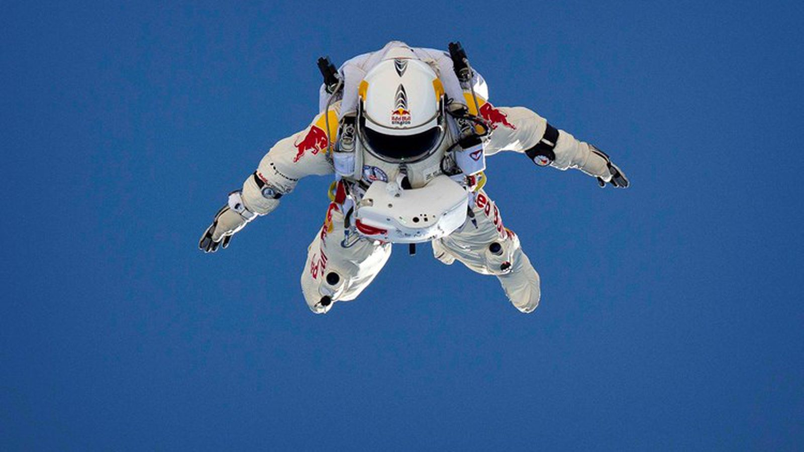 Red Bull Skydive >> Felix Baumgartner to attempt world's first supersonic free fall tomorrow | The Verge