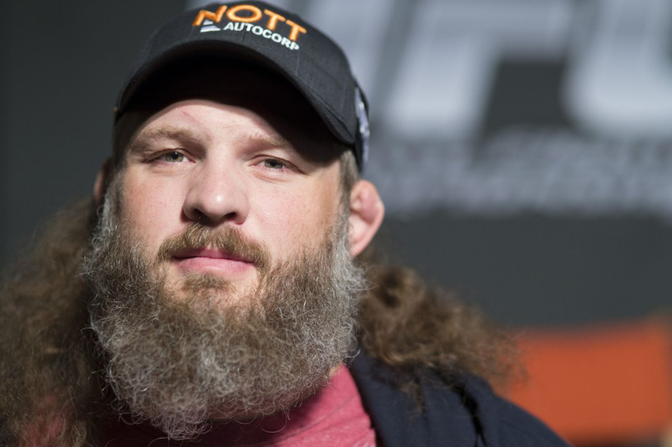 community news, Roy Nelson says the Brazilian crowd caused Fabricio Werdums knockout at UFC 198