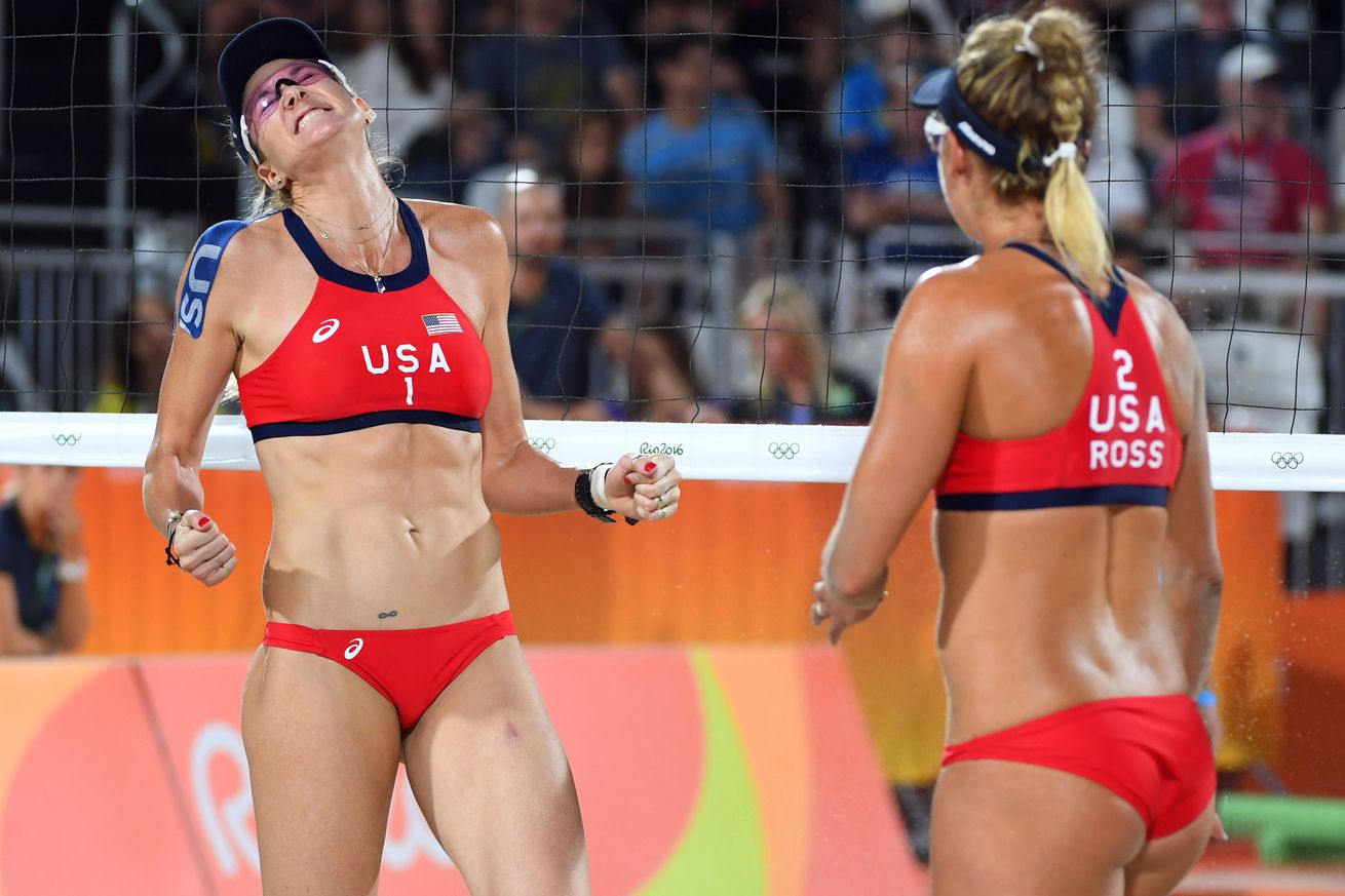 Kerry Walsh Jennings, April Ross Cruise To Second Olympic Beach Volleyball Win