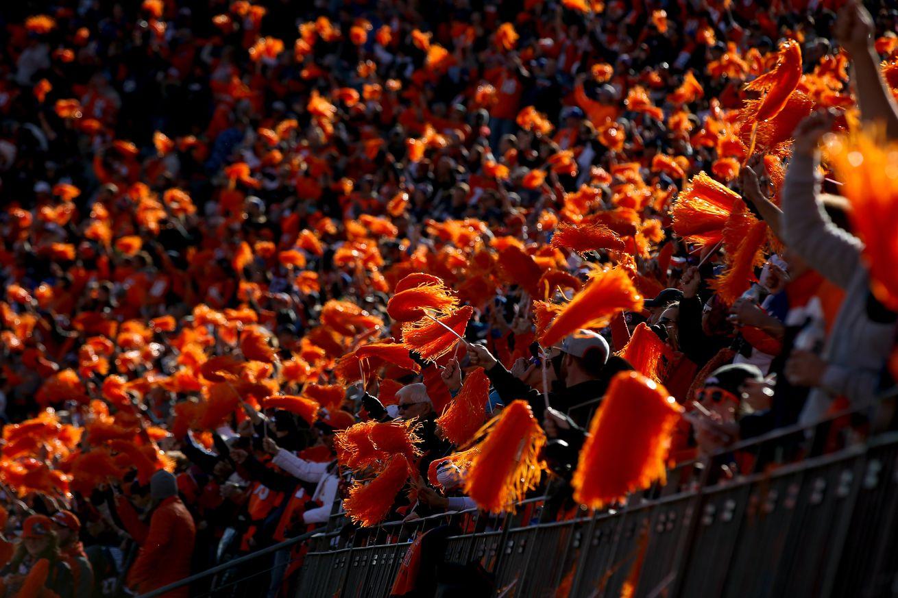 Horse Tracks: Who should replace Alan Roach as the next Broncos' announcer?