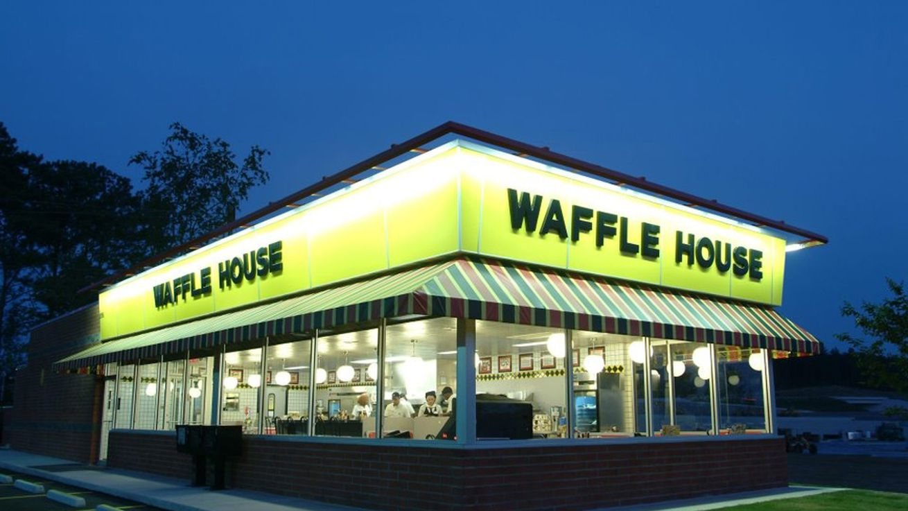 Waffle House Cook Shoots And Kills 'Unruly' Customer