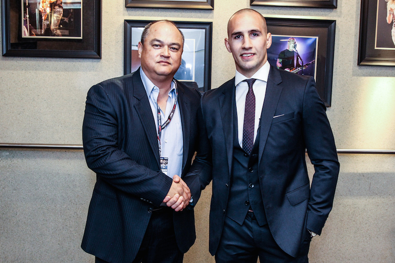 community news, Rory MacDonald slams the UFC for being 'boring' during Bellator introduction