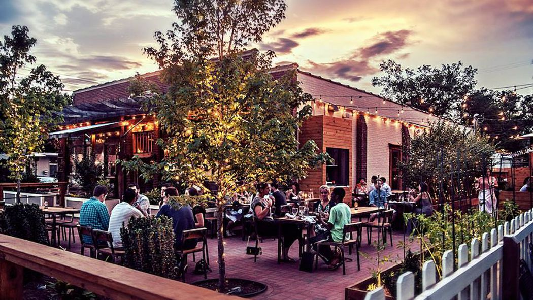 12 nashville restaurants and bars with top shelf patios for Dining nashville tn