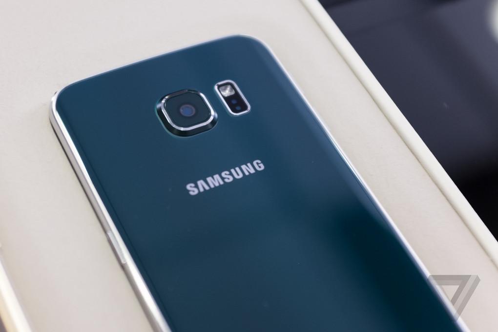 [MWC 2015] Ngắm nhìn từng góc cạnh Samsung Galaxy S6, S6 Edge: kính, kim loại, bóng bẩy - 64216