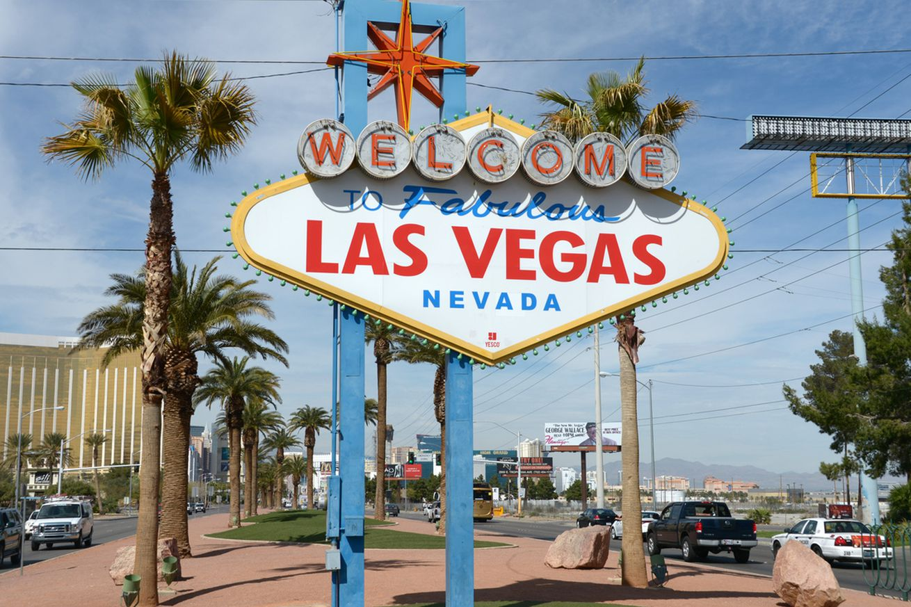las vegas odds sports whos playing football today nfl