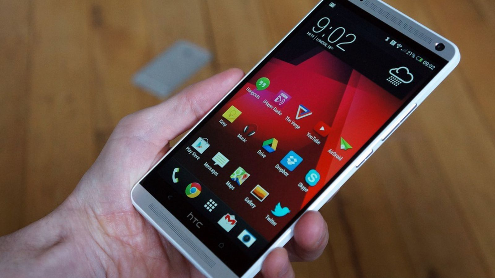 HTC One max review: a lot more of the same