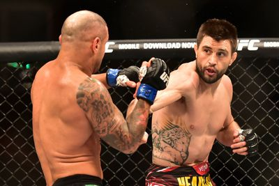 Carlos Condit: Robbie Lawler packs the power, but Im more technical and diverse