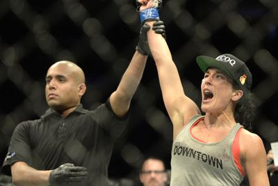 UFC 193: Valerie Letourneau tells Joanna Jedrzejczyk to expect bad surprise in Melbourne