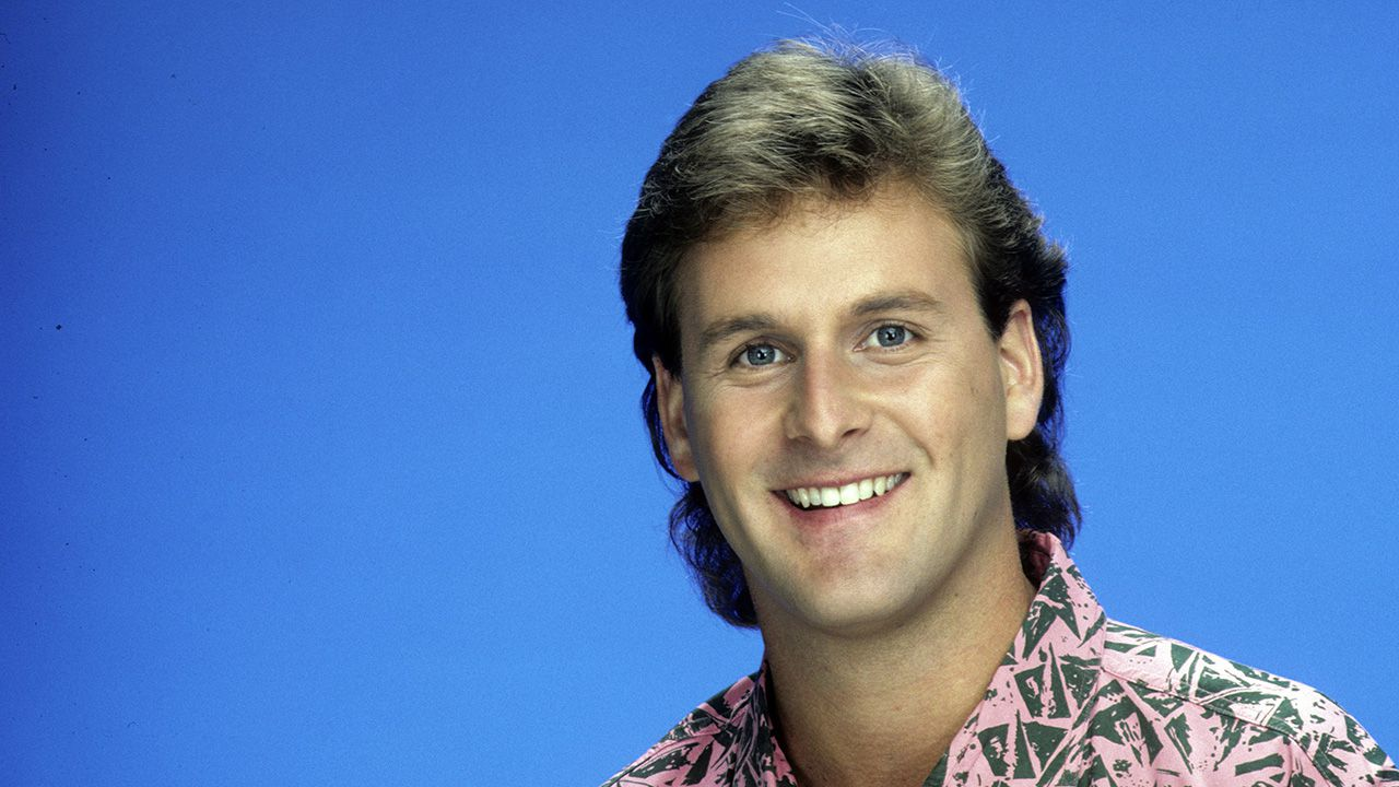 Dave Coulier confirms Uncle Joey will return for Netflix's ...