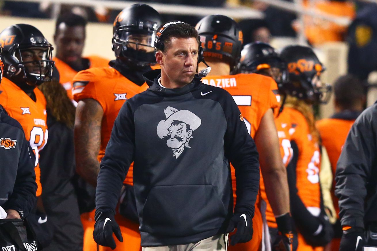 sbnation oklahoma state 39 s mike gundy warns of longhorn network causing big 12 doomsday. Black Bedroom Furniture Sets. Home Design Ideas