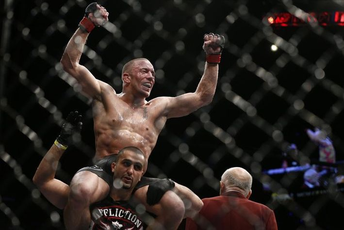 337_georges_st-pierre_vs_johny_hendricks