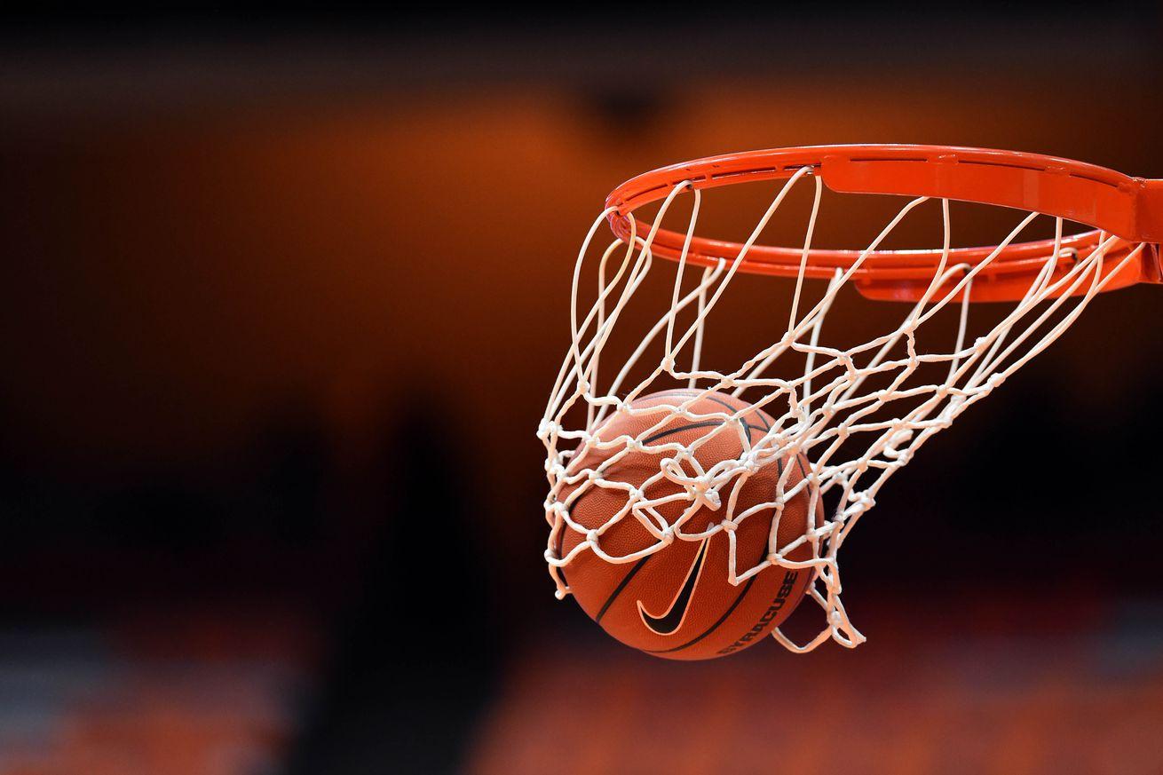 Syracuse Basketball Re...