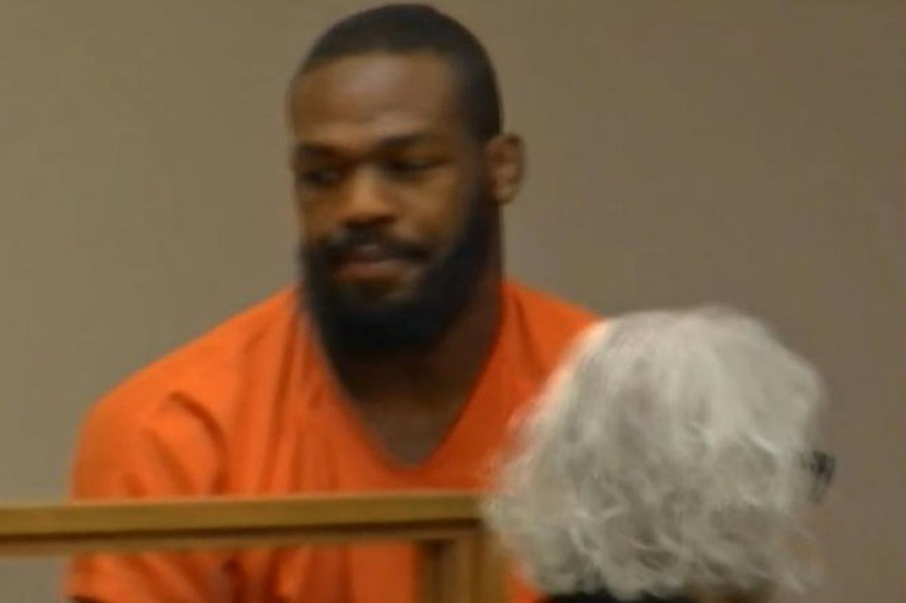community news, Jon Jones to be released from jail, allowed to fight at UFC 197
