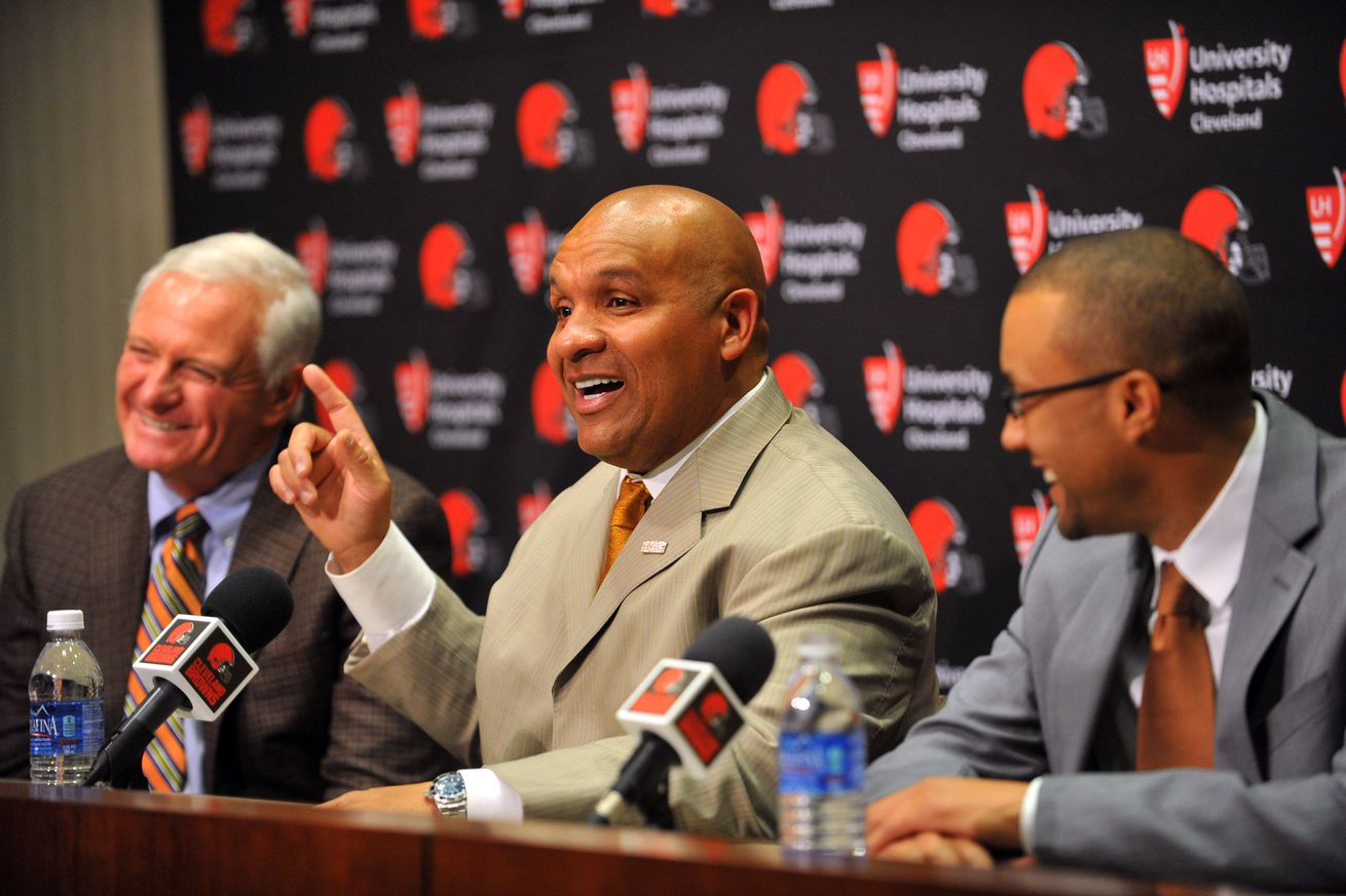AFC North News: Cleveland Browns hire Hue Jackson to be their next head coach