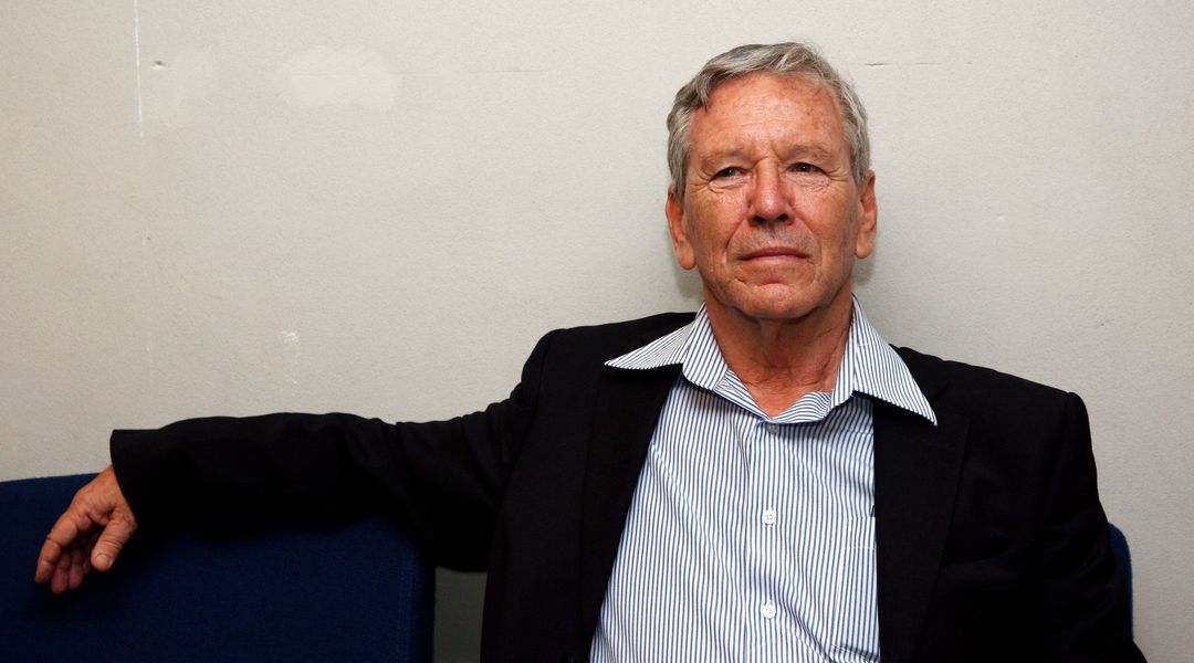 the way of the wind by amos oz While amos oz's novels are often read reductively as political allegories,  'the way of the wind,' presented in where the jackals howl,.