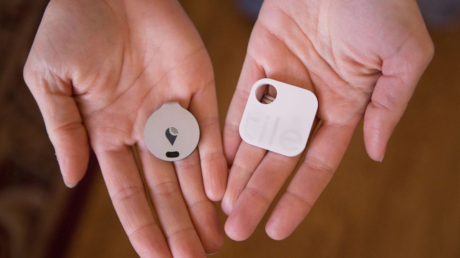 Trackr Vs Tile The Lost And Found Face Off Recode