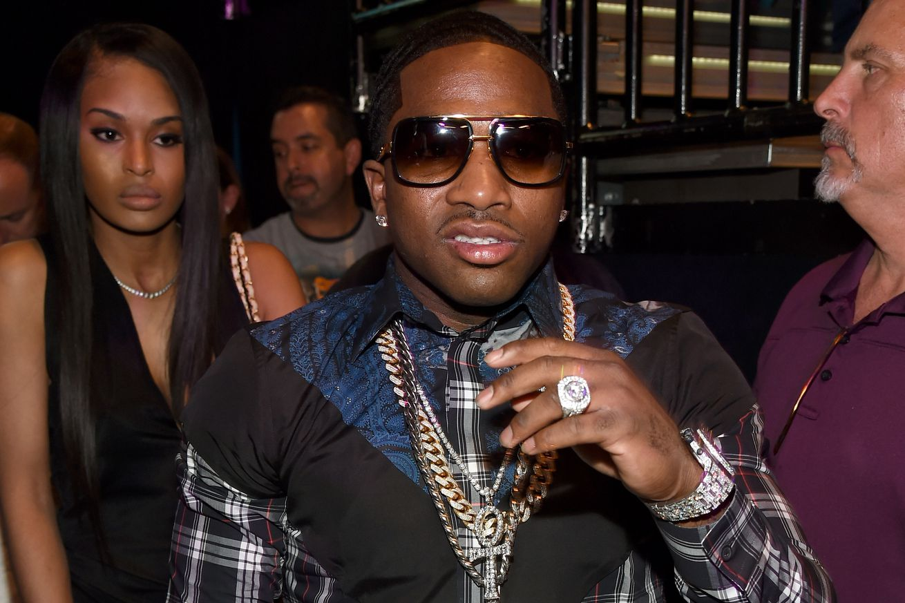 community news, Boxings Adrien Broner indicted for felony assault and robbery