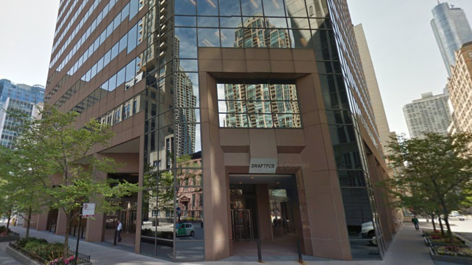 Update new conrad hotel may bring two restaurants a bar for Nice hotels downtown chicago