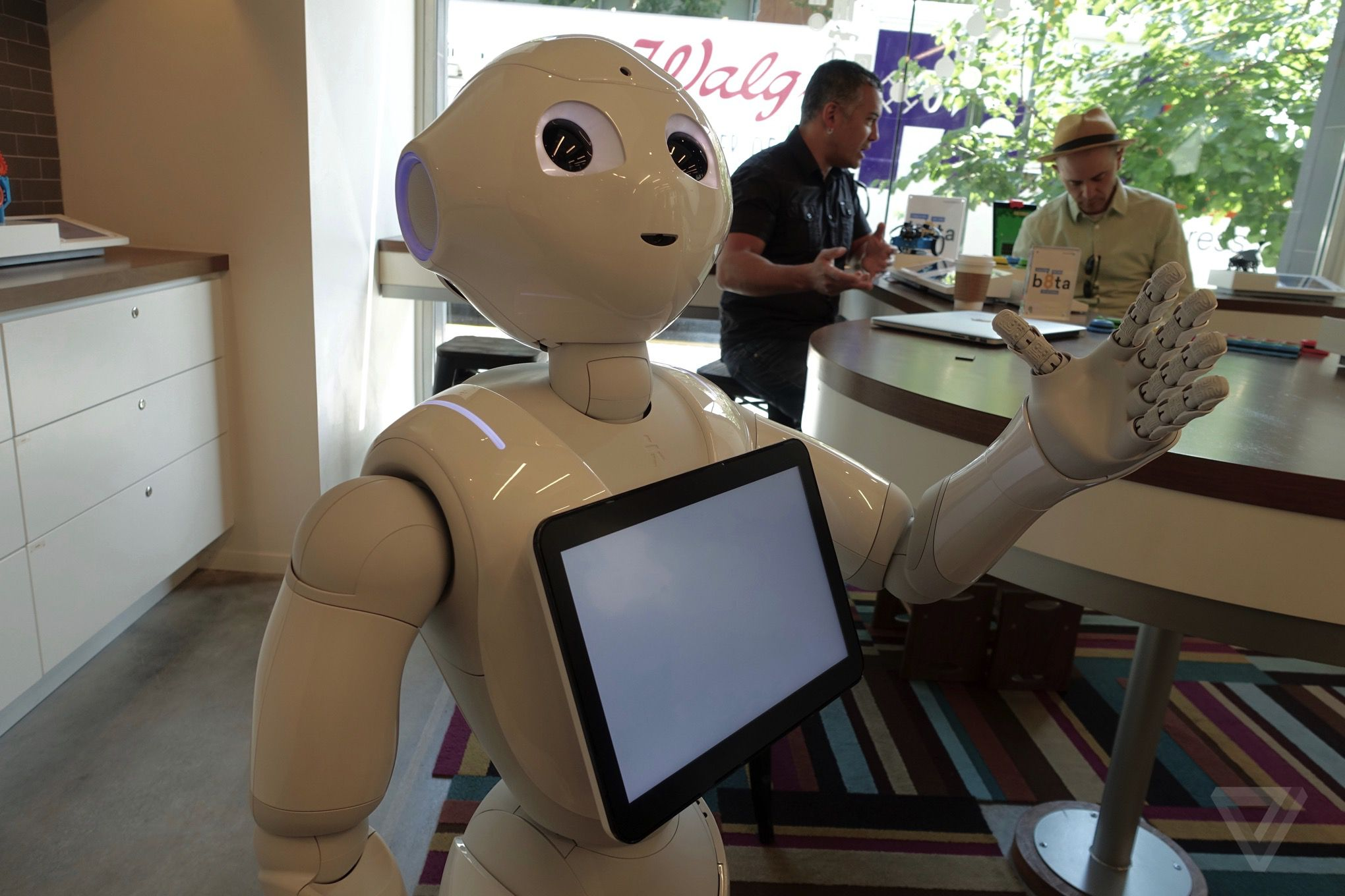 Pepper-softbank-robot