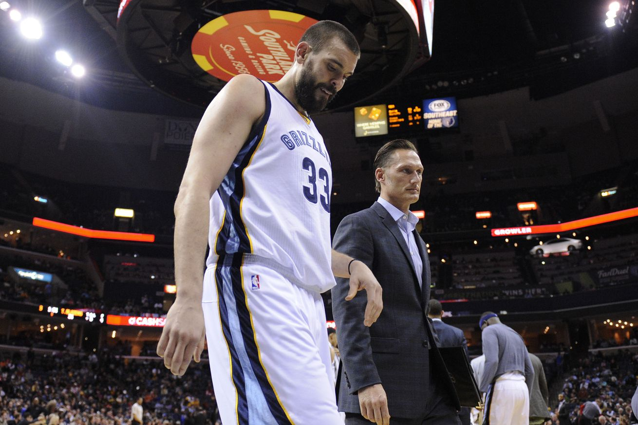Grizzlies Gasol out indefinitely with broken right foot
