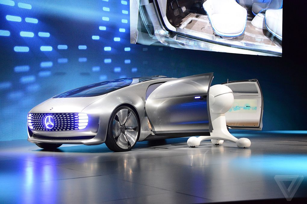 The mercedes benz f 015 this is what tomorrow 39 s self for Mercedes benz latest technology