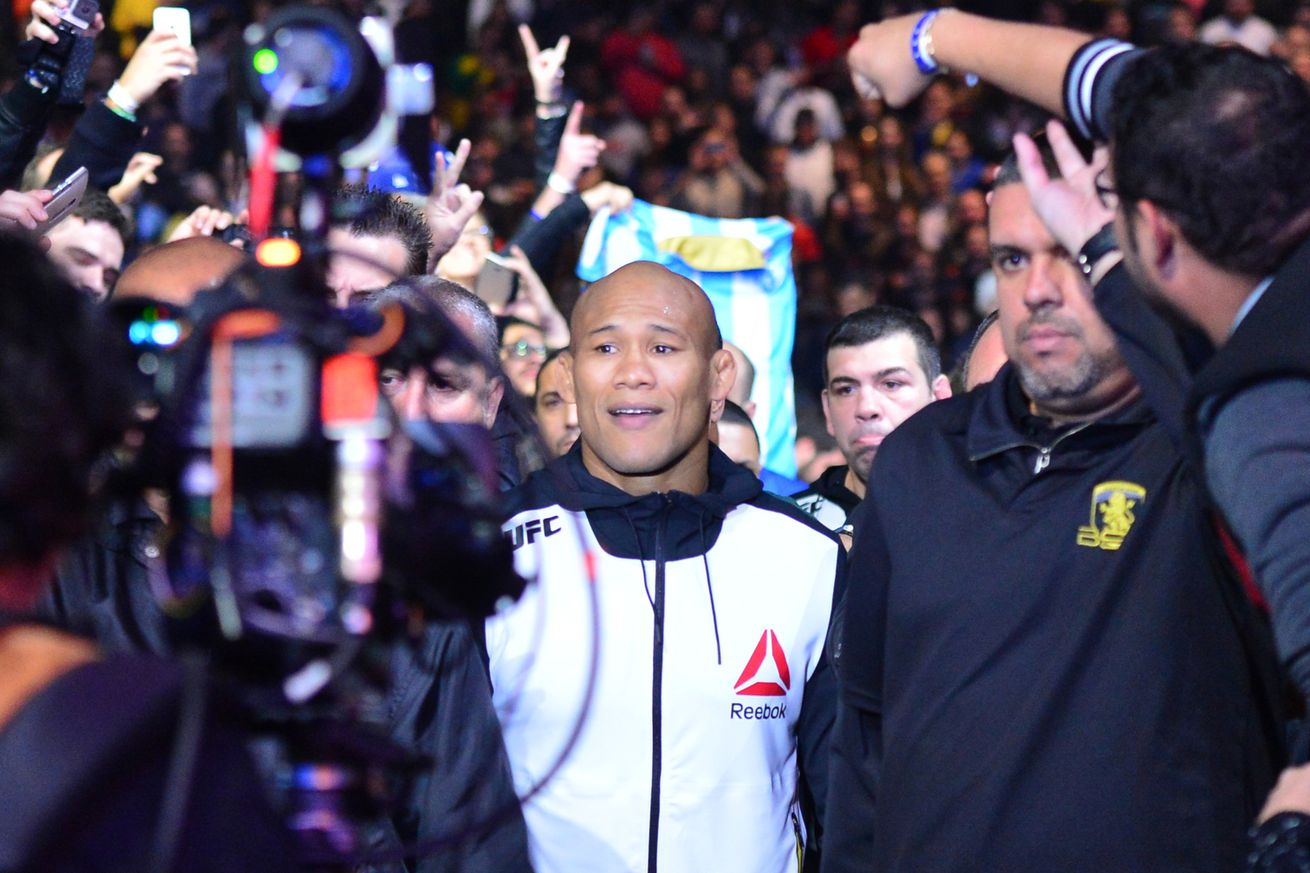 Jacare Souza undergoes successful knee surgery, targets late summer return to UFC