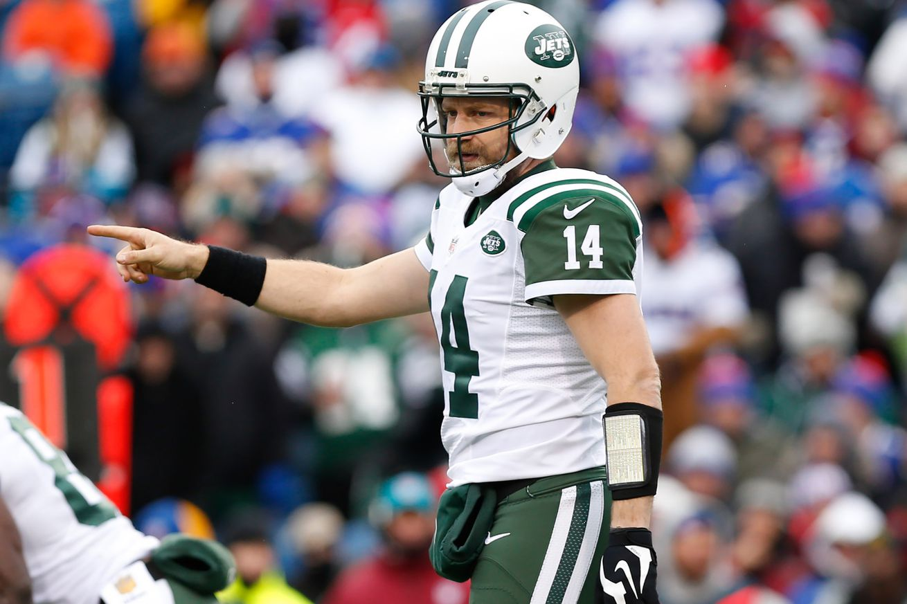 Report: Jets Told Ryan Fitzpatrick They Were Moving on If He Didn't Sign Today