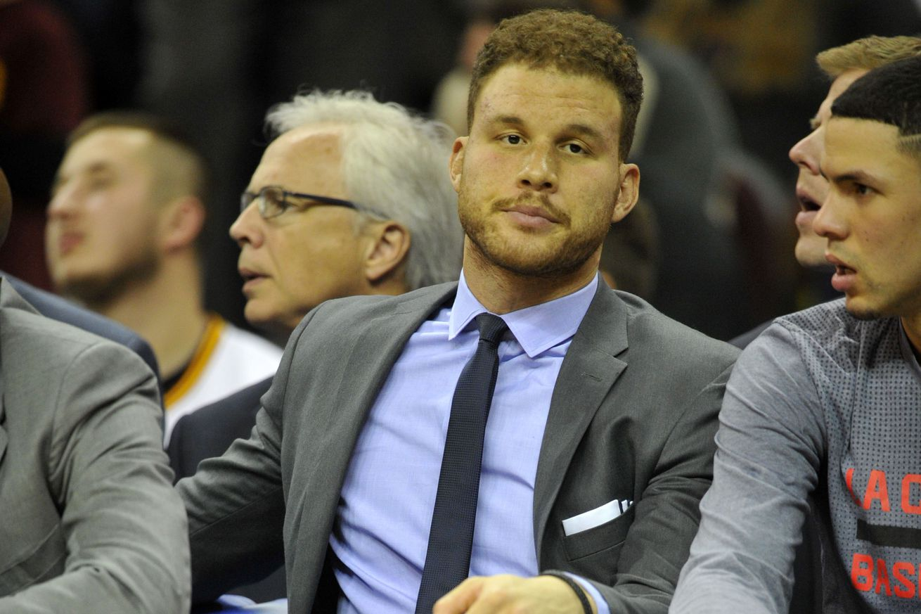 Blake Griffin injures hand in fight with Clippers' staff member