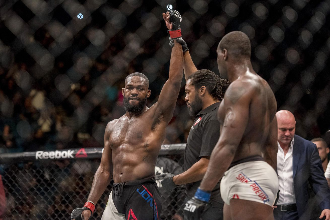 Dana White: It was a good thing for rusty Jon Jones that he didnt fight Daniel Cormier at UFC 197