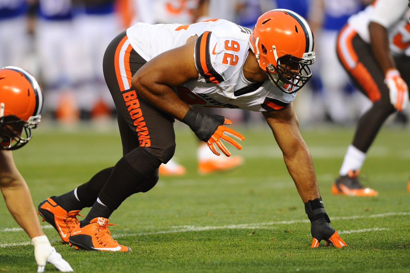 Browns DE Desmond Bryant could miss season with pectoral tear