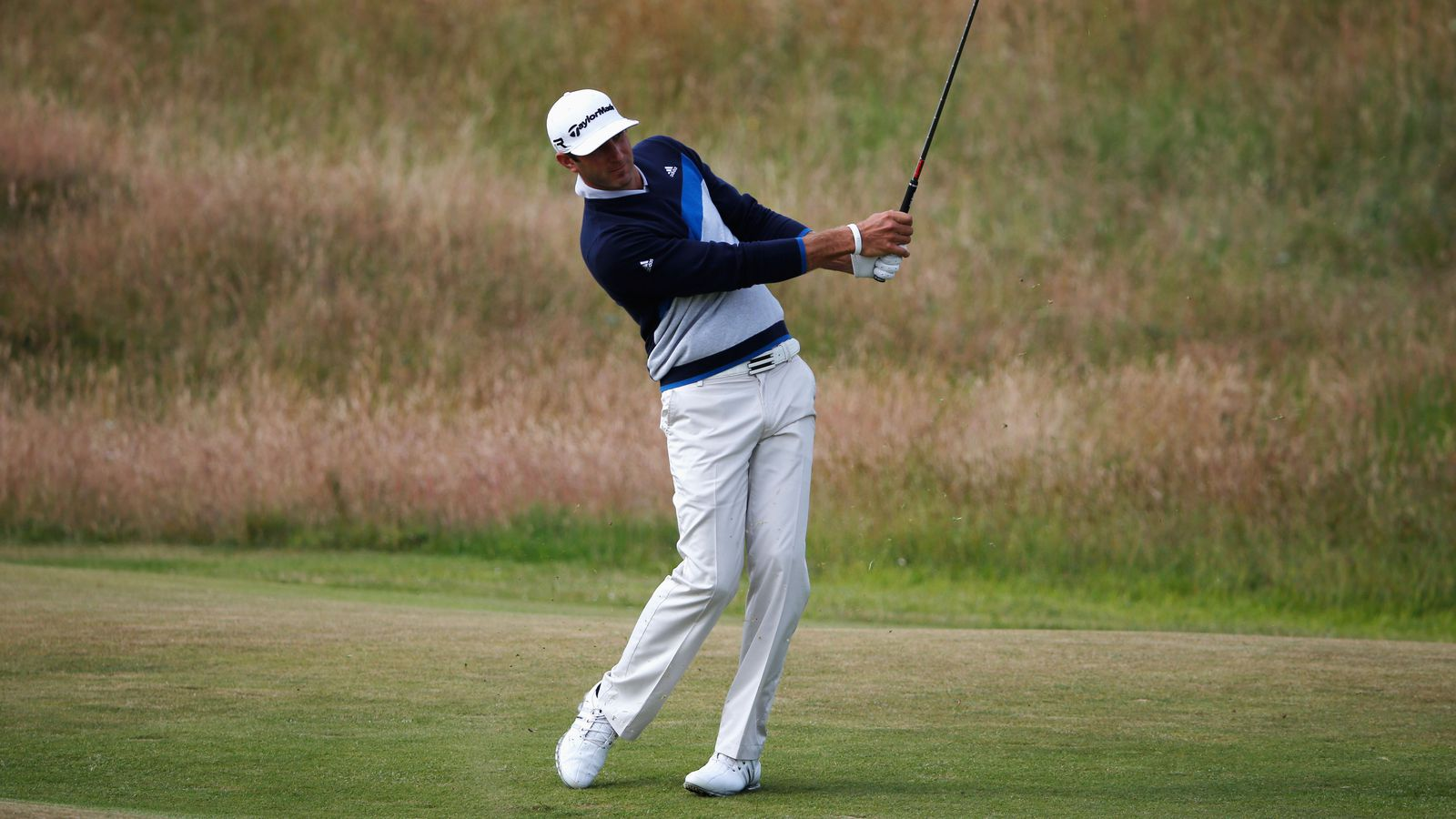 british open leaderboard  dustin johnson joins early lead