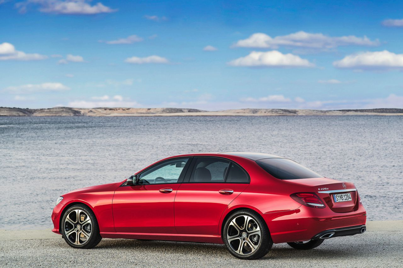 """mercedes-benz company essay The name """"mercedes-benz"""" is considered as embodiment of tradition and innovation all over the world."""