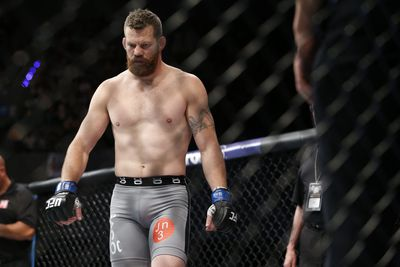 Coach was 'cursing out everybody' trying to get Nate Marquardt fight stopped earlier
