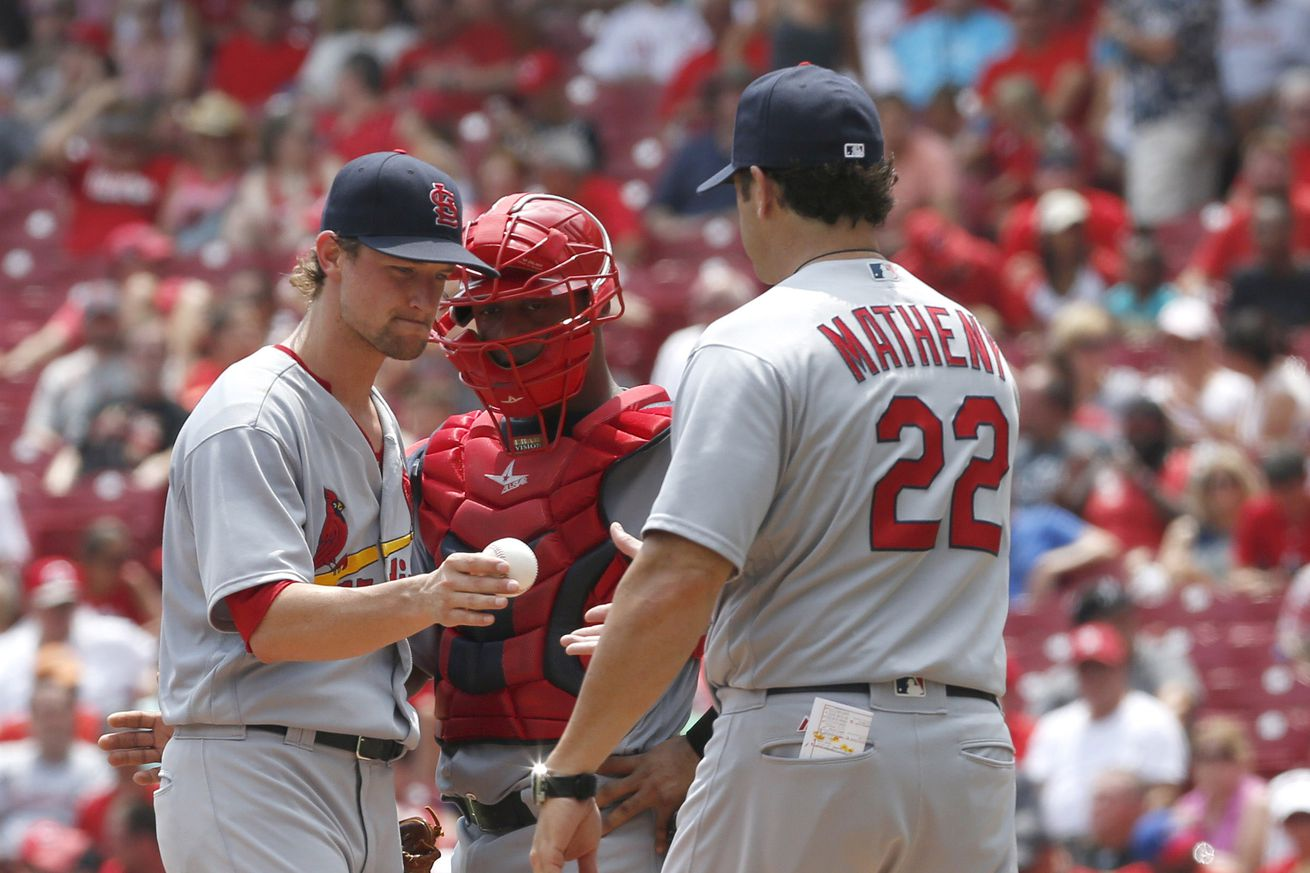 Reds bullpen implodes as Cardinals rally for 5-4 win
