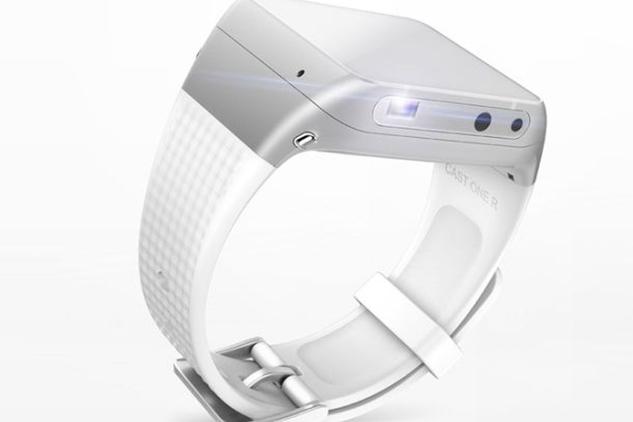ASU Cast One: Smartwatch with Projector