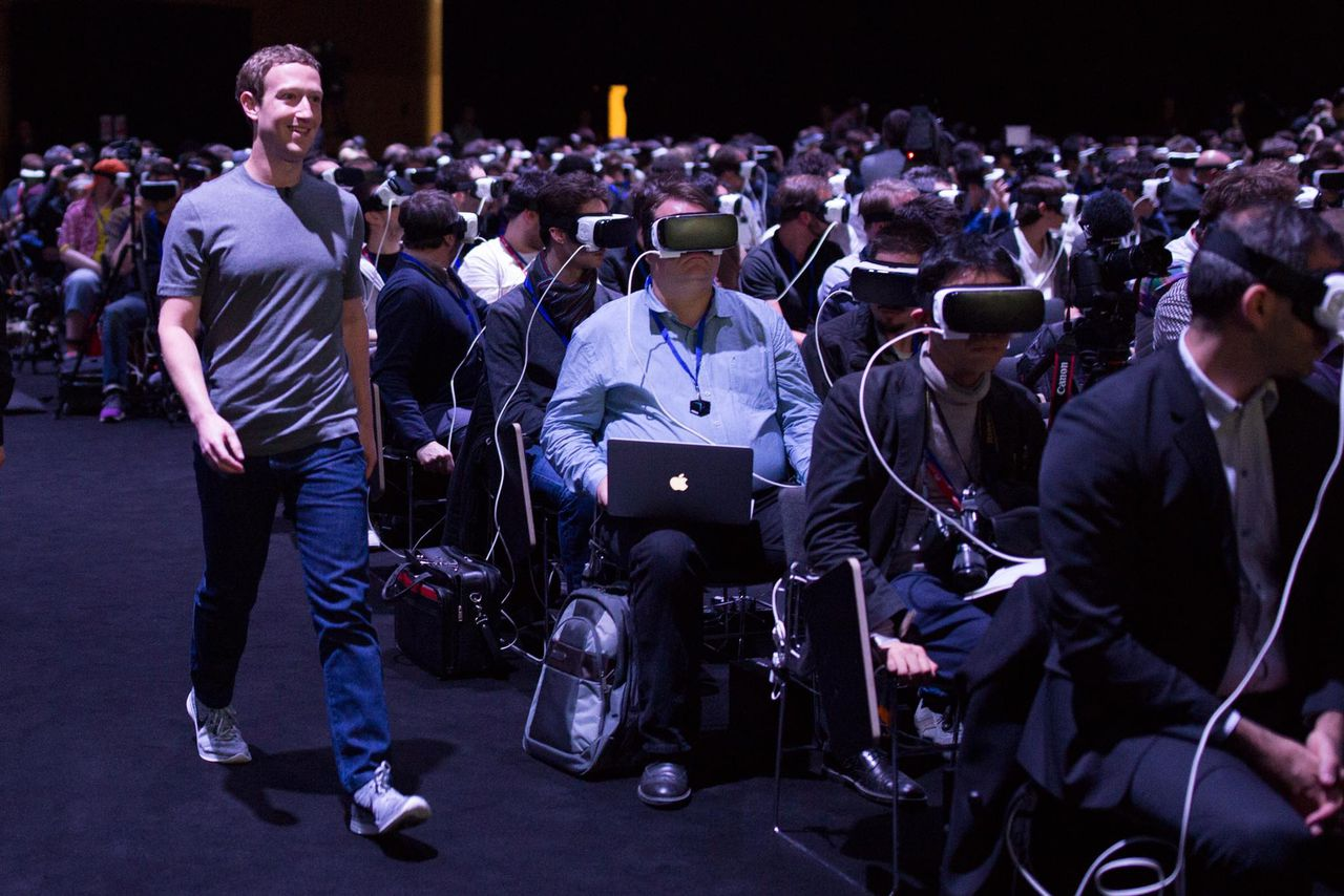 "Zuckerberg'x ""horrible cyberpunk future"""