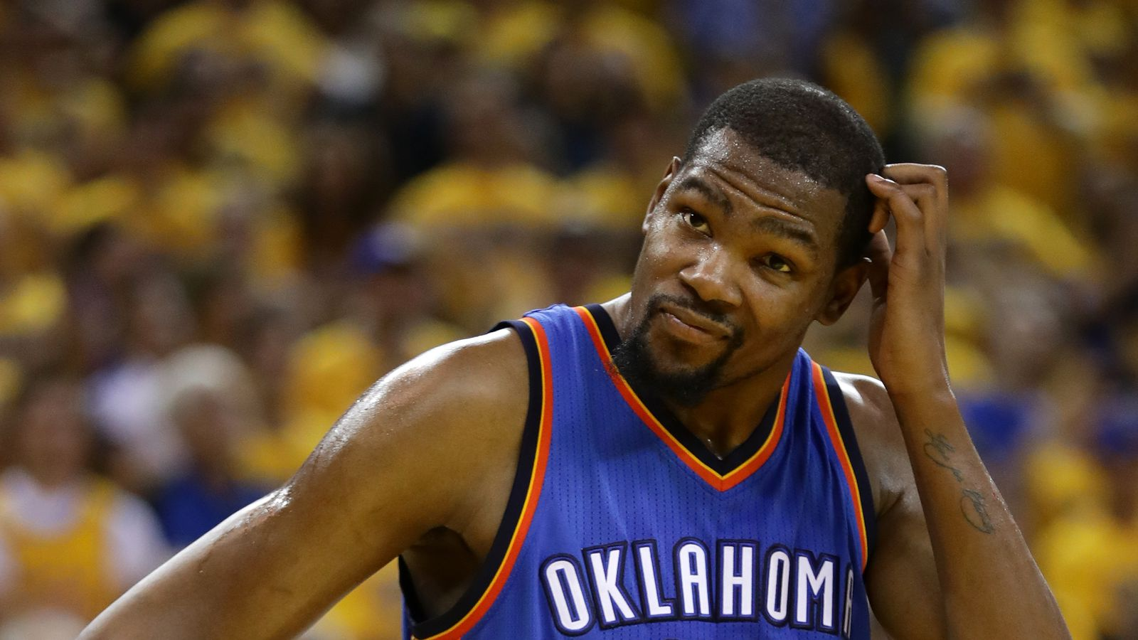 Angry basketball fans lash out at kevin durant 39 s for Kd s restaurant