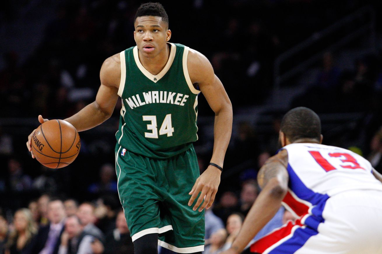 Tips: Giannis Antetokounmpo, 2017s afro hair style of the cool fun  basketball player